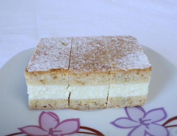 jogurt pita kolač i torta slastice sandra brezje dravsko